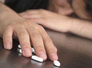 kratom-to-get-off-opiates-drugs-how-to-quit-opiate-drugs
