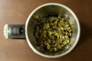 kratom-cannabis-combination